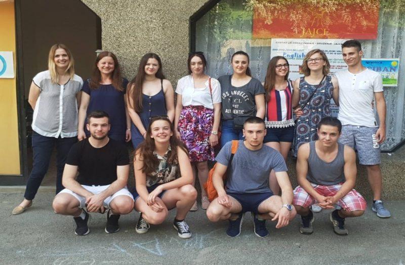 Mladi iz Jajca poručili: Nemojte dozvoliti da razlike unište naše jedinstvo