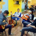 Od nove sezone polaznici COD-ove Male škole uživaju na satovima gitare i engleskog jezika