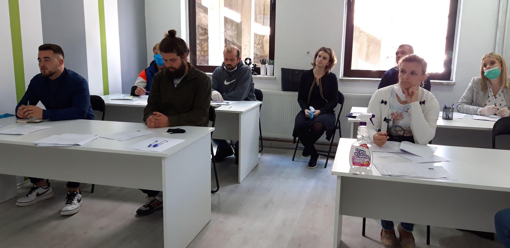 """Biznis centar/Održana radionica """"Izrada biznis plana"""" za nove startape"""